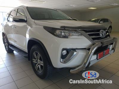 Pictures of Toyota Fortuner 2.0 Automatic 2017