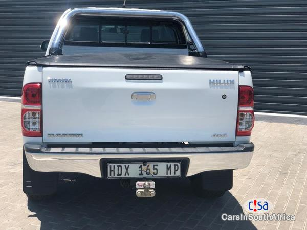 Toyota Hilux Manual 2013 in South Africa