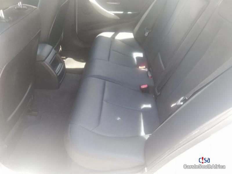 BMW 3-Series 318i F30 Automatic 2015 - image 13