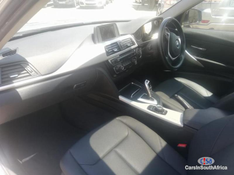 BMW 3-Series 318i F30 Automatic 2015 - image 9