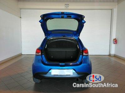 Picture of Mazda Mazda3 2.0INDIVIDUAL Manual 2015 in South Africa