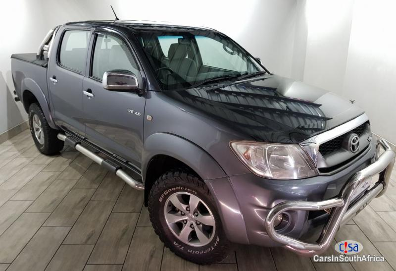 Picture of Toyota Hilux 2.7 Manual 2005