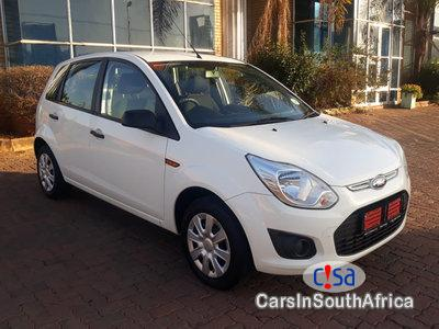 Pictures of Ford Figo 1.4 Manual 2015