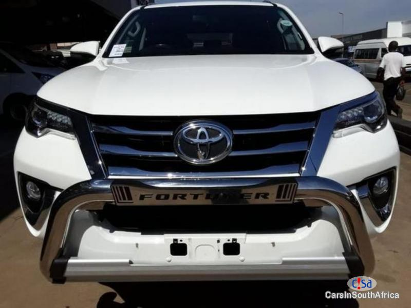 Pictures of Toyota Fortuner 2,8 Manual 2017