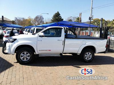 Toyota Hilux 3000 Manual 2014 in South Africa