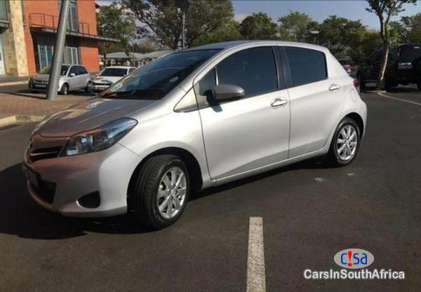 Picture of Toyota Yaris Manual 2013