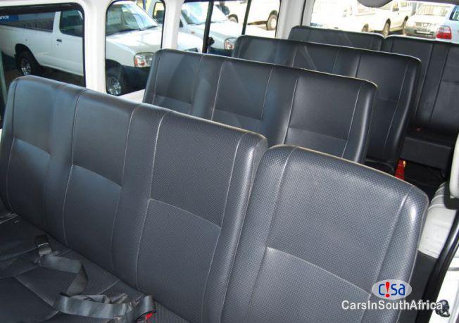 Toyota Quantum Manual 2012 - image 3