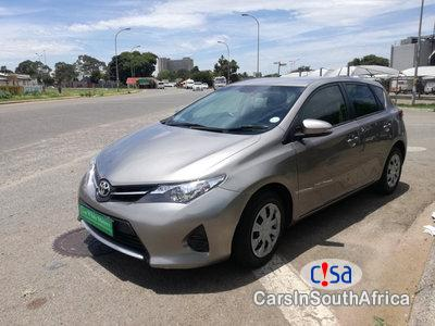 Pictures of Toyota Auris 1300 Manual 2015