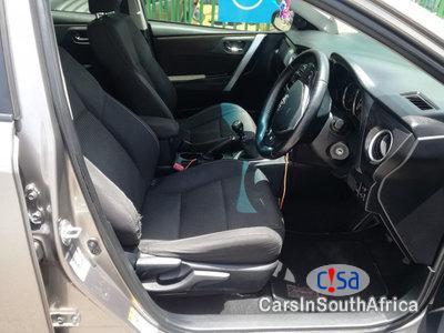 Toyota Auris 1300 Manual 2015 in Western Cape