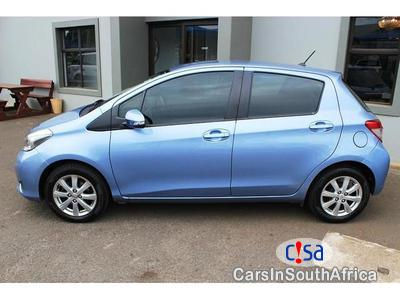 Pictures of Toyota Yaris 1.3 Automatic 2012