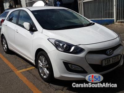 Pictures of Hyundai i30 1.6 Manual 2013