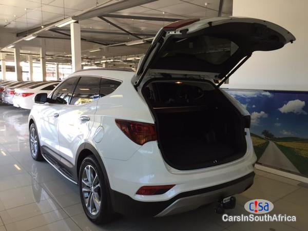 Hyundai Santa Fe Automatic 2015 in South Africa