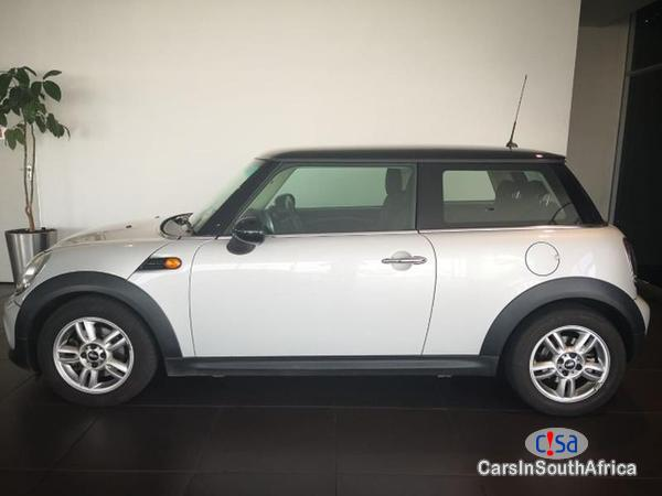 Picture of Mini Cooper 1.6lt Automatic 2014