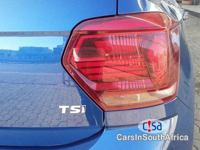 Volkswagen Polo 1.0 TSi Highline 85kw Manual 2018 - image 11