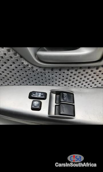 Toyota Hilux 2.7 Vvti Raider, Manual 2009 - image 9