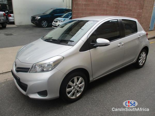 Picture of Toyota Yaris Manual 2014