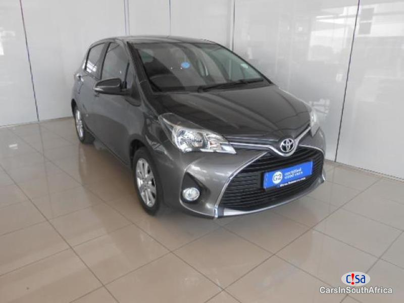 Picture of Toyota Yaris Manual 2016