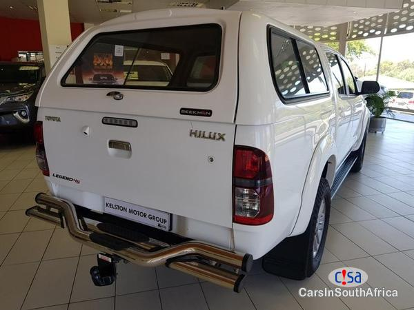 Toyota Hilux Manual 2015 in Free State