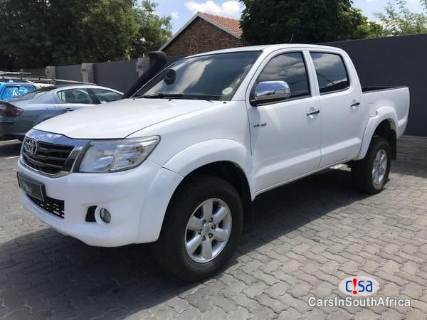 Pictures of Toyota Hilux Automatic 2012