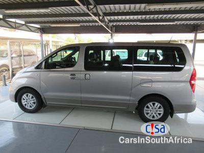 Pictures of Hyundai H-1 2.5 Automatic 2016