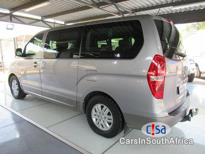 Hyundai H-1 2.5 Automatic 2016