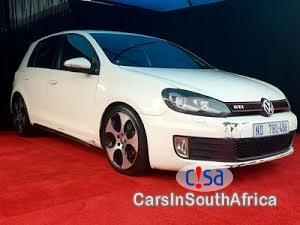 Pictures of Volkswagen Golf Automatic 2010