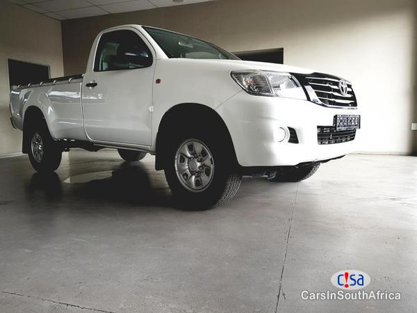 Pictures of Toyota Hilux Manual 2013