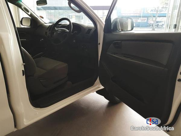 Picture of Toyota Hilux Manual 2013 in South Africa