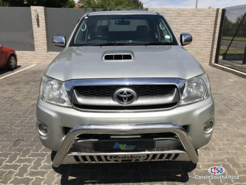 Picture of Toyota Hilux 3.0 D4DRaider Manual 2011