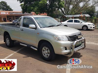 Picture of Toyota Hilux 2500 Manual 2013