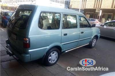 Pictures of Toyota Condor 2.4 Manual 2006