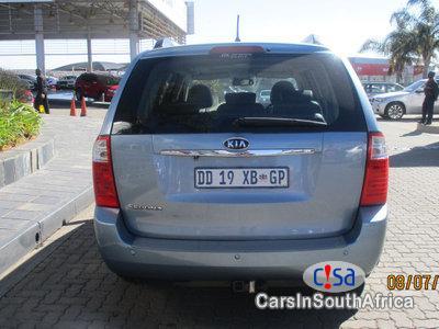 Kia Sedona 2.9 Automatic 2011 - image 2