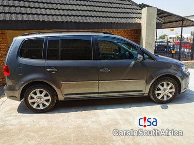 Picture of Volkswagen Touran 2.0 Automatic 2011
