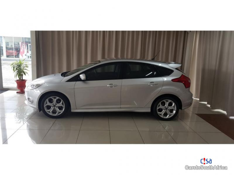 Ford Focus 1.6 Manual 2015 in South Africa