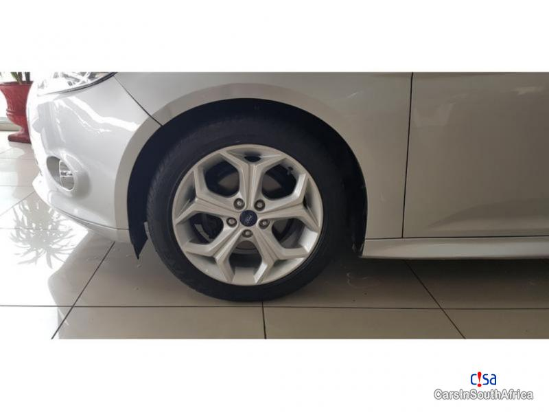 Ford Focus 1.6 Manual 2015 in South Africa - image