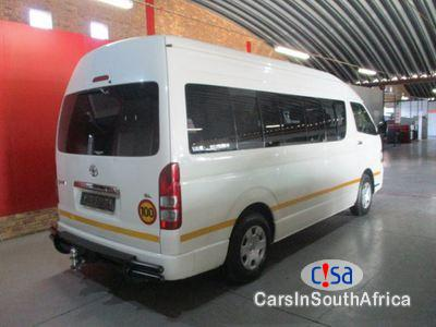 Pictures of Toyota HiAce 2.7 Manual 2013