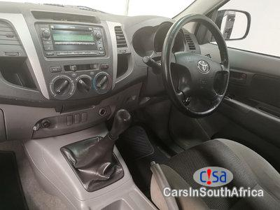 Toyota Hilux 3.0 Manual 2011 in North West - image