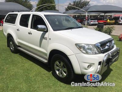 Pictures of Toyota Hilux Automatic 2011