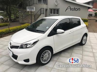 Pictures of Toyota Yaris 1.3 Manual 2014