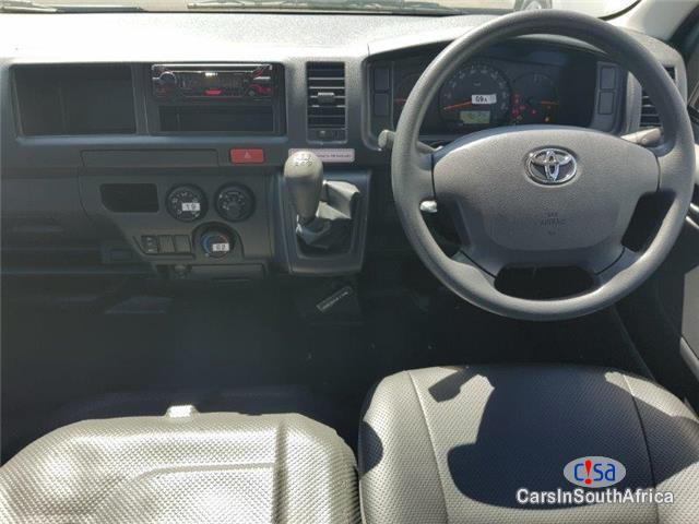 Picture of Toyota Quantum 2.5 D-4D Manual 2018 in South Africa