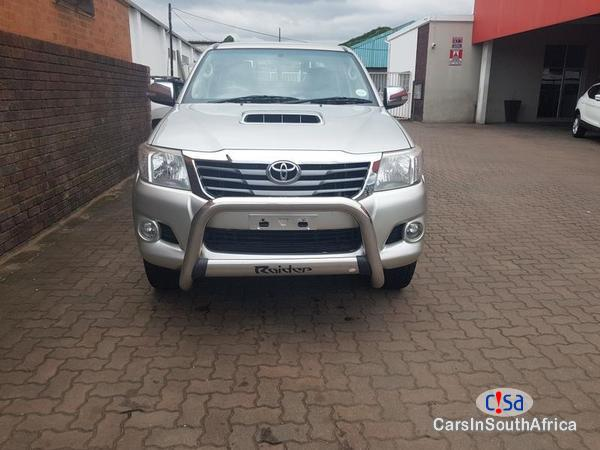 Toyota Hilux Manual 2014 in South Africa