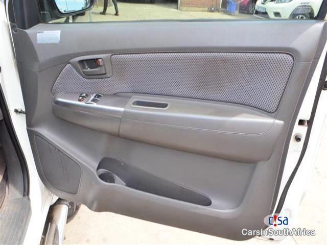 Toyota Hilux Manual 2014 in Eastern Cape - image