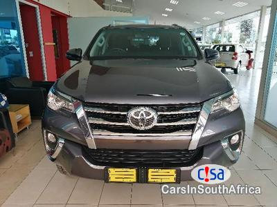 Picture of Toyota Fortuner 2.5 Manual 2010