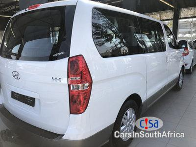 Hyundai H-1 2.5 CRDI Wagon At Auto Automatic 2018 in South Africa