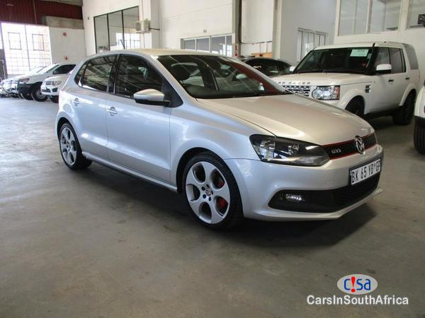 Pictures of Volkswagen Polo Automatic 2011
