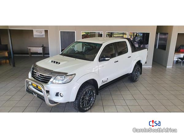 Picture of Toyota Hilux Manual 2015