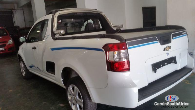 Chevrolet Utility Manual 2015 in South Africa