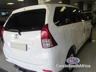 Toyota Avanza 1 5 Manual 2014 in South Africa