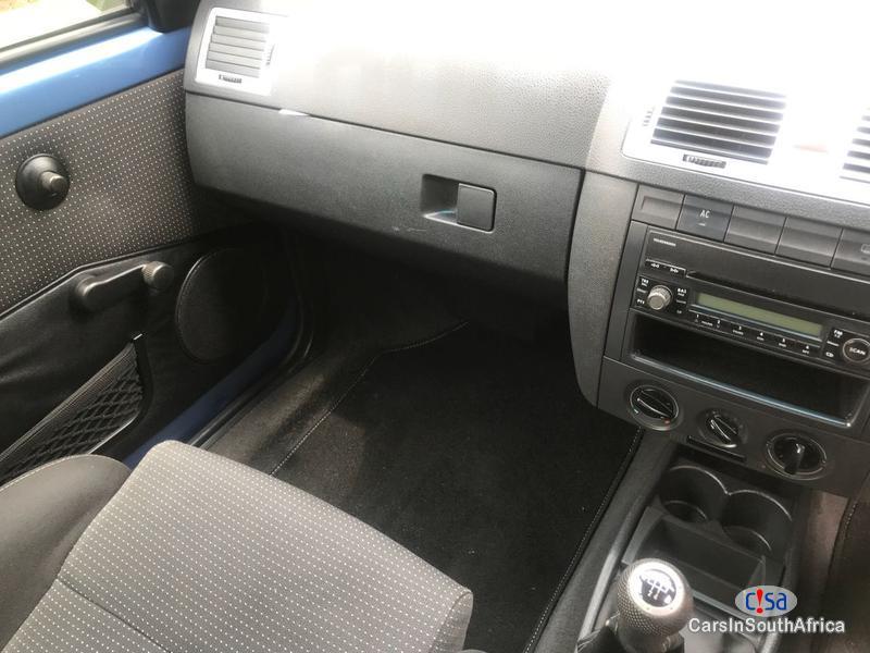 Volkswagen Golf Eco Manual 2010 - image 6