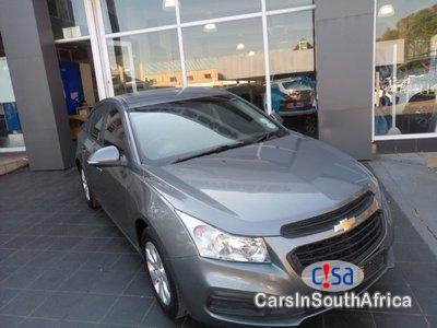 Pictures of Chevrolet Cruze 1.6 Manual 2014